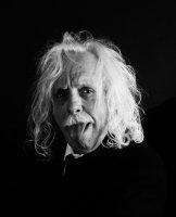 photo-picture-image-albert-einstein-celebrity-look-alike-lookalike-tribute-artist-impersonator-6r