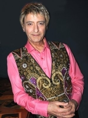 photo-picture-image-barry-manilow-celebrity-look-alike-lookalike-impersonator-clone-j-3