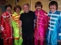 photo-picture-image-The-Beatles-celebrity-look-alike-lookalike-impersonator-33a