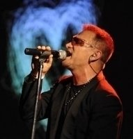 photo-picture-image-Bono-celebrity-look-alike-lookalike-impersonator-05a