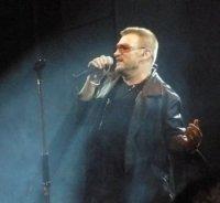 photo-picture-image-Bono-celebrity-look-alike-lookalike-impersonator-05b
