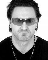 photo-picture-image-Bono-celebrity-look-alike-lookalike-impersonator-11b