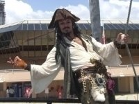 photo-picture-image-Captain-Jack-Sparrow-celebrity-look-alike-lookalike-impersonator-101a