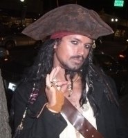 photo-picture-image-Captain-Jack-Sparrow-celebrity-look-alike-lookalike-impersonator-101c