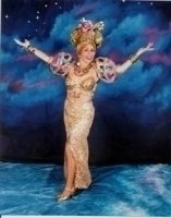 photo-picture-image-Carmen-Miranda-celebrity-look-alike-lookalike-impersonator-c