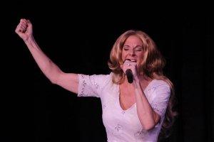 photo-picture-image-celine-dion-celebrity-look-alike-lookalike-impersonator-tribute-artist-a-6