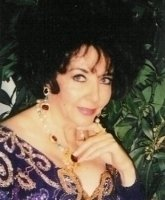 photo-picture-image-Elizabeth-Taylor-celebrity-look-alike-lookalike-impersonator-44e