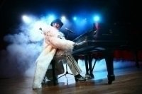photo-picture-image-Elton-John-celebrity-look-alike-lookalike-impersonator-11e
