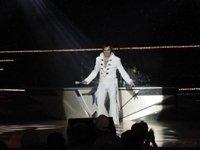 photo-picture-image-Elvis-Presley-celebrity-look-alike-lookalike-impersonator-101f
