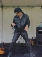 photo-picture-image-Elvis-Presley-celebrity-look-alike-lookalike-impersonator-11d