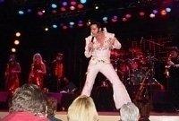 photo-picture-image-Elvis-Presley-celebrity-look-alike-lookalike-impersonator-44l