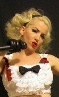 photo-picture-image-Gwen-Stefani-celebrity-look-alike-lookalike-impersonator-29e
