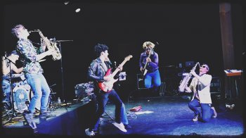 photo-picture-image-hall-and-oates-tribute-band-celebeiry-look-alike-lookalike-impersonator-cover-band-12a