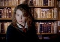 photo-picture-image-Hermione-Granger-celebrity-look-alike-lookalike-impersonator-a