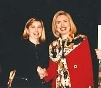 photo-picture-image-Hillary-Clinton-celebrity-look-alike-lookalike-impersonator-05a