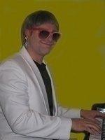 photo-picture-image-Elton-John-celebrity-look-alike-lookalike-impersonator-39k