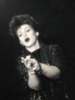 photo-picture-image-Judy-Garland-celebrity-look-alike-lookalike-impersonator-b