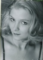 photo-picture-image-Kristen-Dunst-celebrity-look-alike-lookalike-impersonator-b