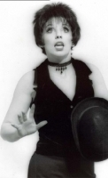 photo-picture-image-Liza-Minnelli-celebrity-look-alike-lookalike-impersonator-05a