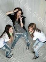 photo-picture-image-Miley-Cyrus- Hannah-Montana-celebrity-look-alike-lookalike-impersonator-33e