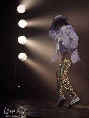 photo-picture-image-michael-jackson-celebrity-look-alike-lookalike-impersonator-tribute-artist-clone-mji5