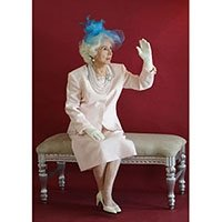 photo-picture-image-queen-elizabeth-celebrity-look-alike-lookalike-impersonator-clone-m1