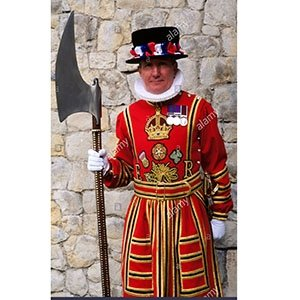 photo-picture-image-beefeater-guard-lookalike-look-alike-celebrity-clone