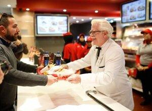photo-picture-image-Colonel-Harland-Sanders-celebrity-look-alike-lookalike-impersonator-clone-5