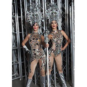 photo-picture-image-show-girls-vegas-brazil-presentation-stage-spokes-person-model-brazillion-dancer-3