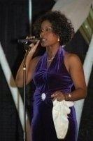 photo-picture-image-Whitney-Houston-celebrity-look-alike-lookalike-impersonator-10a