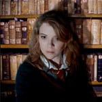 photo-picture-image-Hermione-Granger-celebrity-look-alike-lookalike-impersonator