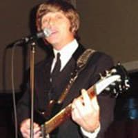 photo-picture-image-John-Lennon-celebrity-look-alike-lookalike-impersonator